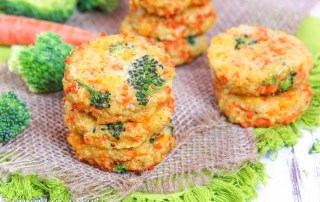 Cheesy Broccoli Quinoa Patties recipe