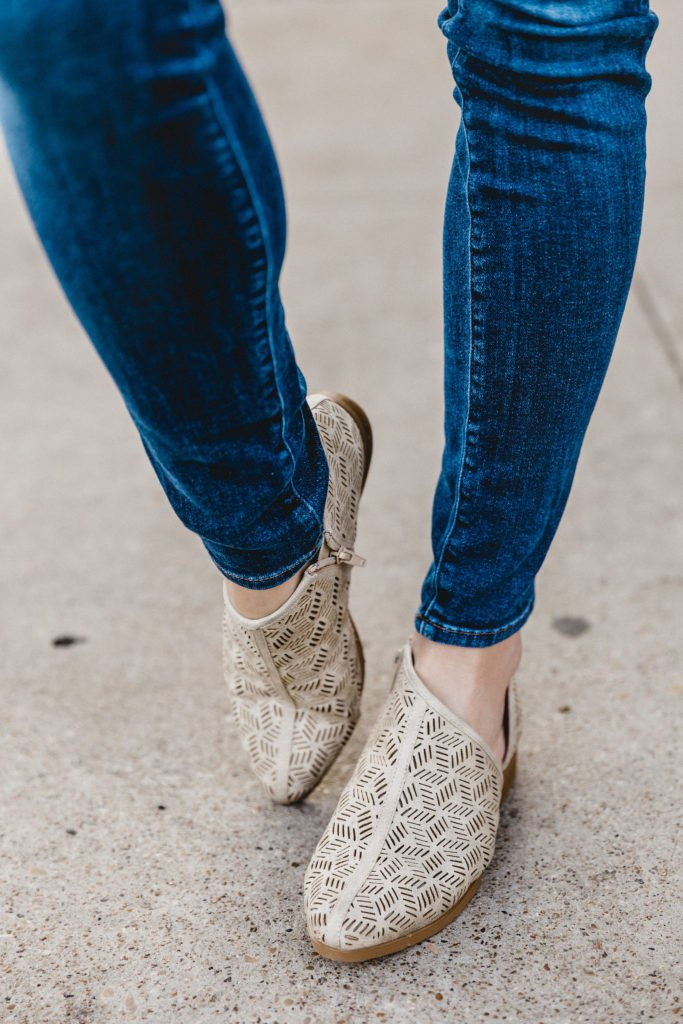 Lace for Spring | Kasey Goedeker | Running in Heels Blog