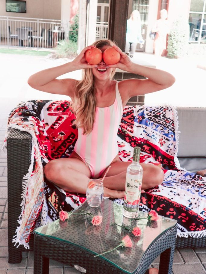 Ketel One Botanical Girl's brunch by the pool