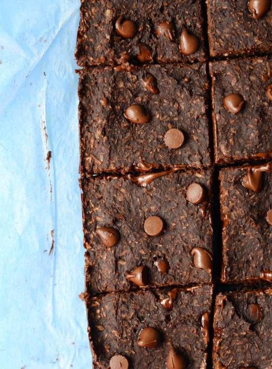 Healthy Vegan Chocolate Coconut Brownies - Oil-free, only 6 simple ingredients, gluten-free, grain-free, make in the blender!