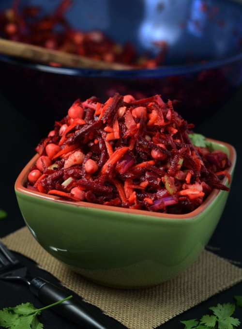 Vibrant Raw Beet Salad with Chickpeas