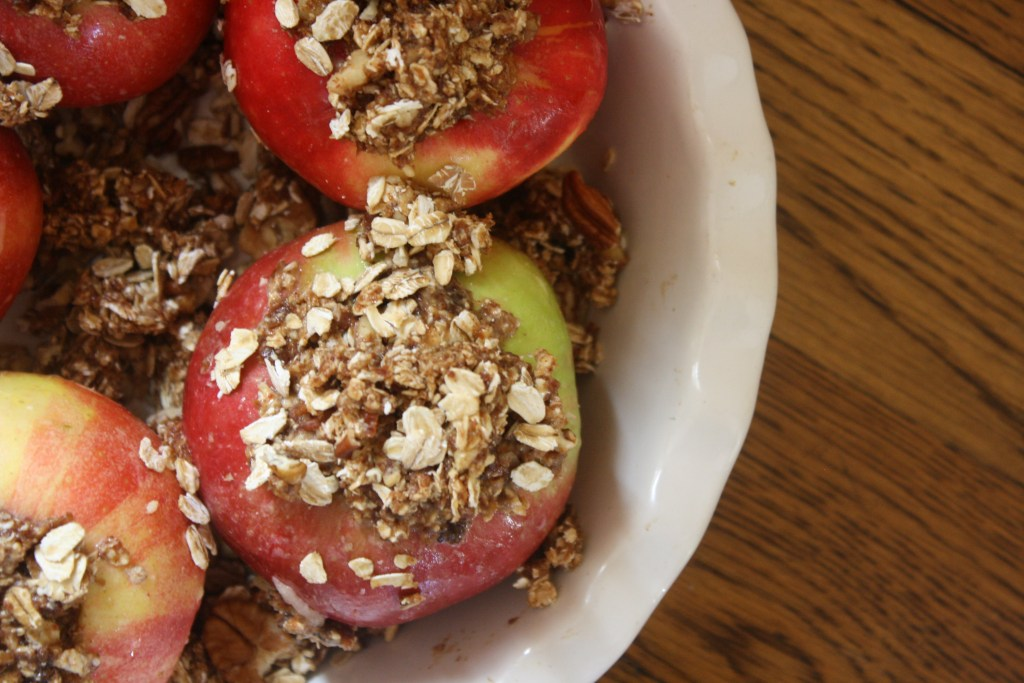 Simple Cinnamon Spice Baked Apples