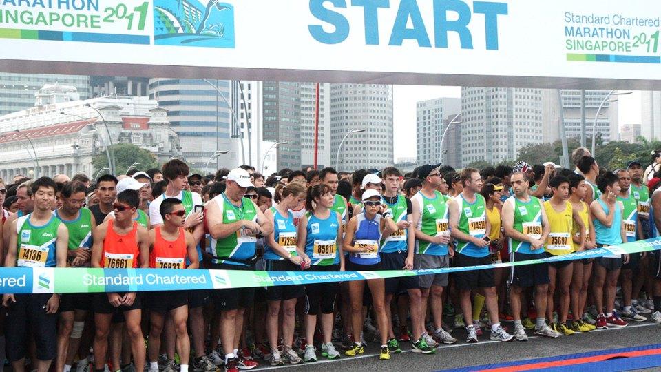 Race Prelude: Standard Chartered Marathon Singapore 2011