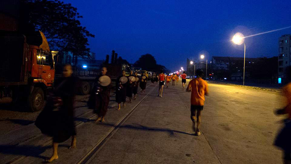 Yoma Yangon Marathon 2014: Raw, Beautiful Sights and Barefoot Runners