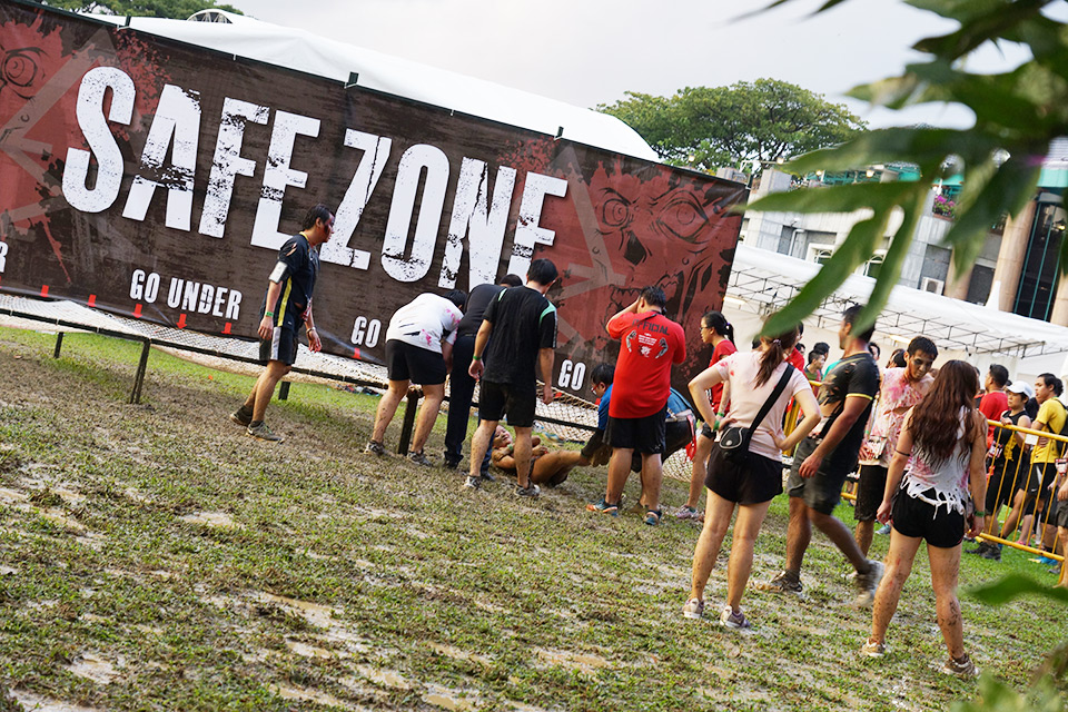 No Rest When The Dead Are Chasing: Run For Your Lives Singapore 2014