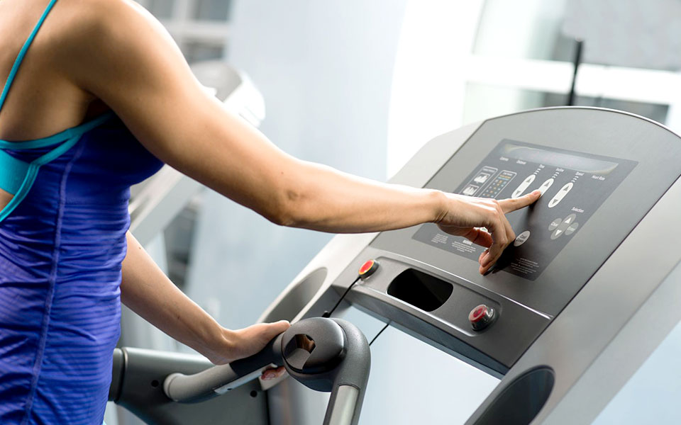 Beat Treadmill Boredom with These 4 Engaging Workouts!