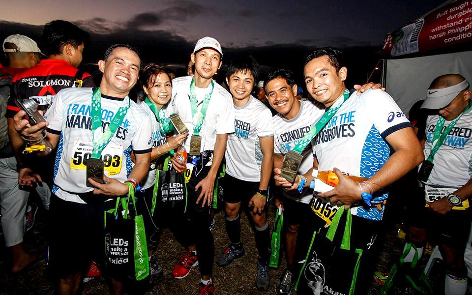 Run for a Hero with Condura Skyway Marathon 2016