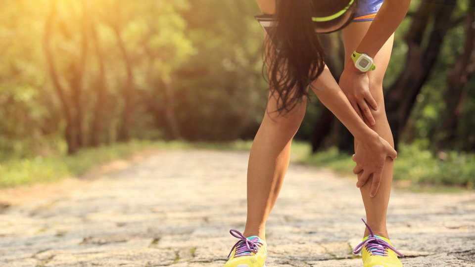 How to Treat Your Running Injury: Traditional Chinese or Western Medicine?