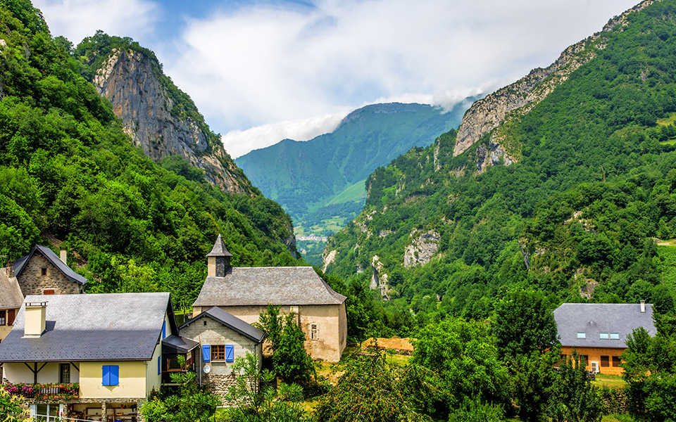 The Most Spectacular and Challenging Running Trails in Southern France