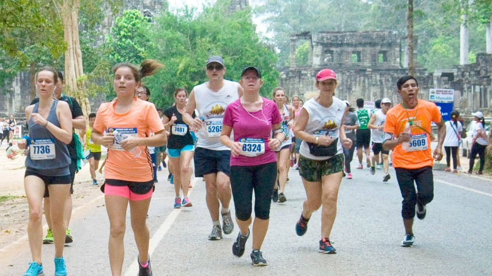 Angkor Wat International Half Marathon 2017