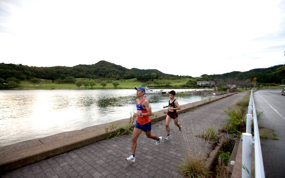 It Takes More Than Two to Tango at this 100km Ultramarathon