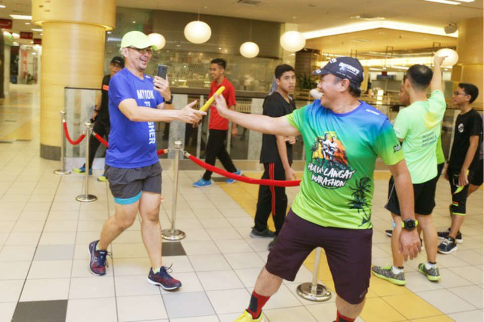ASICS Organised Its First Ever Mall Run As The ASICS Relay Malaysia Preview 2018