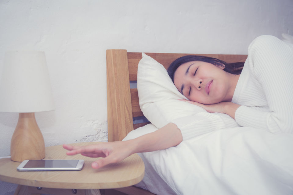 12 Worst Morning Habits For Your Health (And How To Start Your Day Right!)