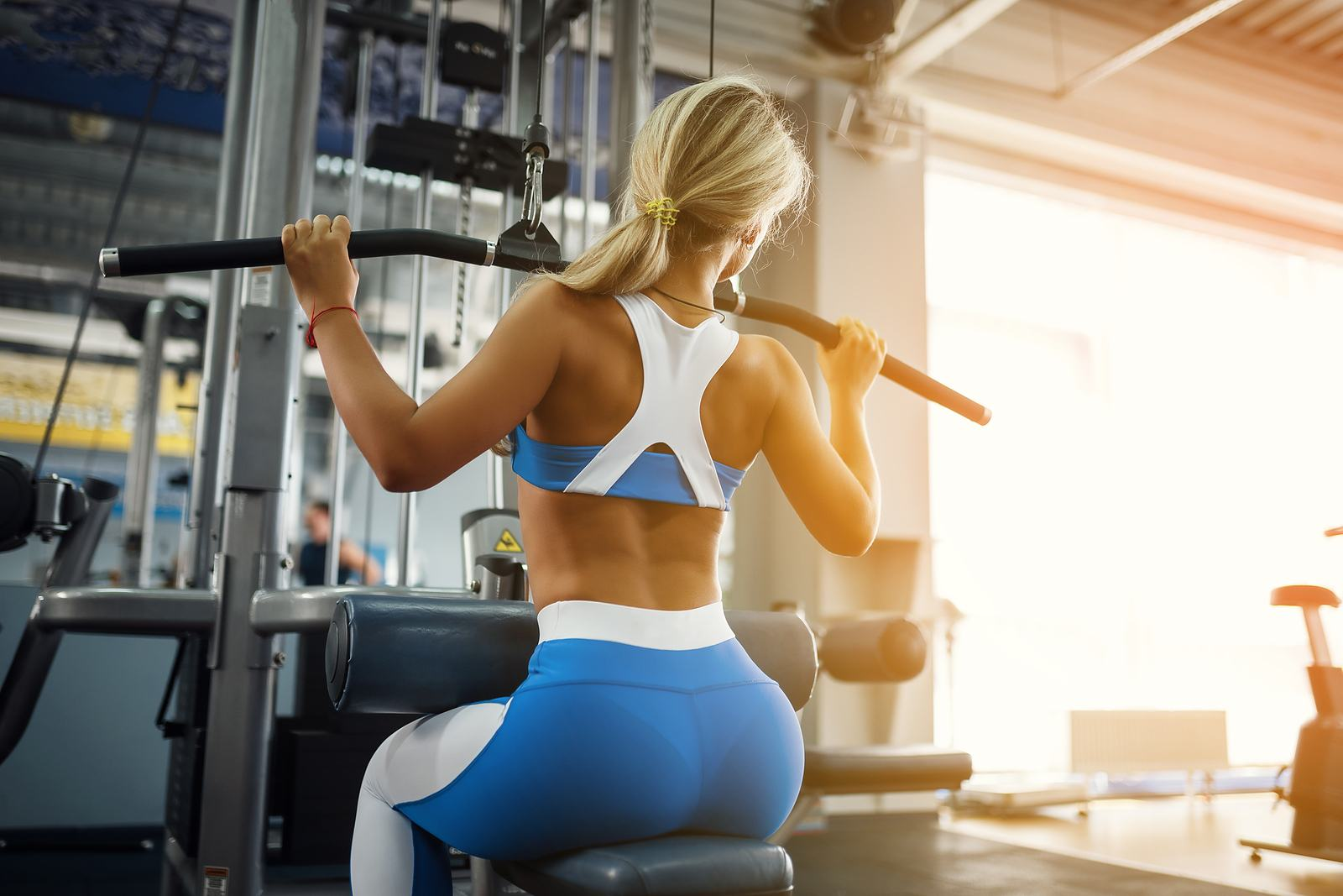 Are you having back trouble? Good news. Today, we have a contributed post discussing the 5 best ways to prevent back pain. You will want to pay attention to #3.
