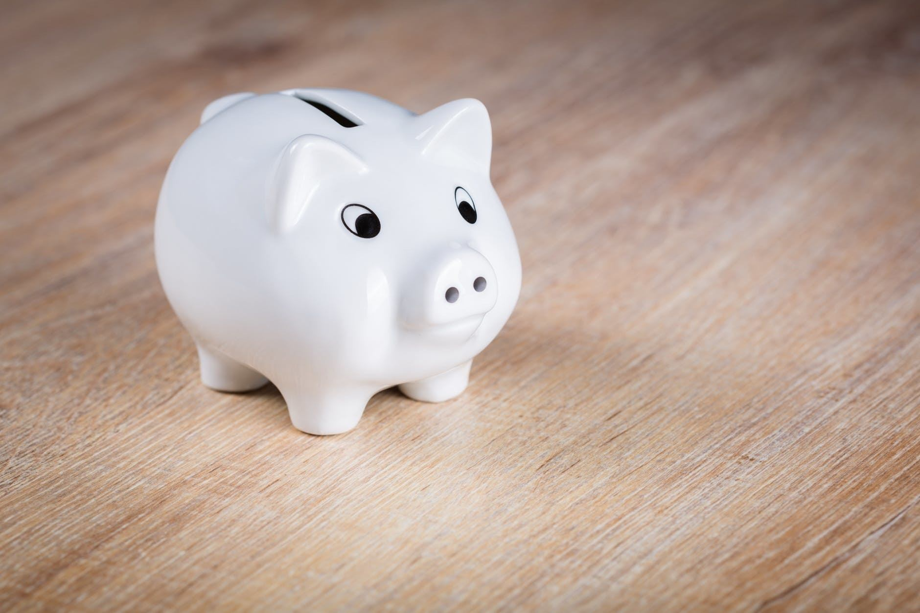 Easy Ways to Build Your Savings Account in 2020