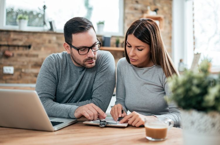 4 Financial Tips for Newly Married Couples