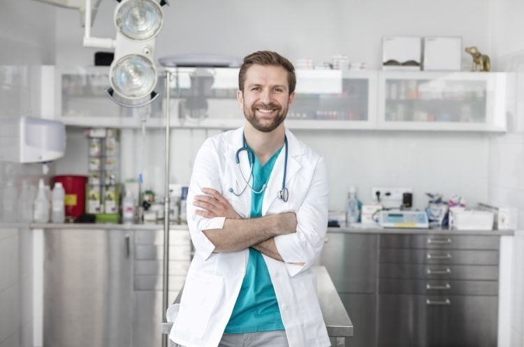 Things To Do When Opening Up a Veterinary Clinic