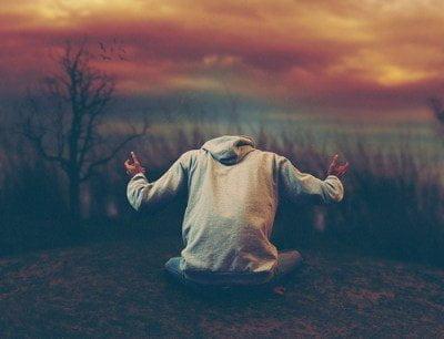 قصيدة سأعلو فوق أحزاني - كتبها : محمد علي ماهر 2