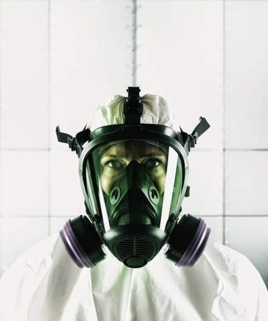 علماء يطورون فيروس يمكنه القضاء علي البشرية بأكملها !!