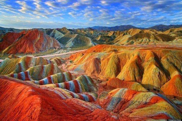 جبال قوس قزح بالصين و جمال طبيعي خلاب 9
