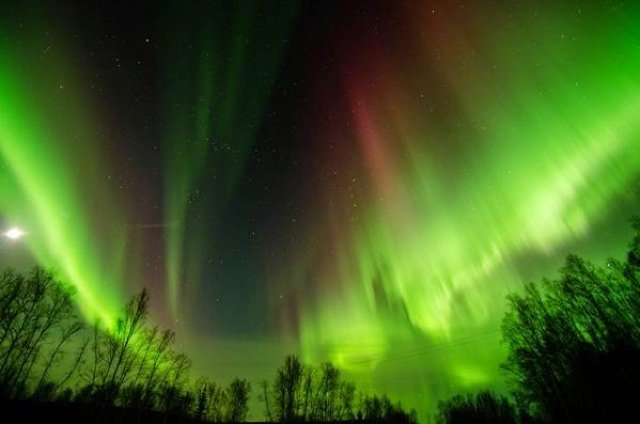 الشفق القطبي ( الاورورا ) : أجمل الظواهر الجوية 2