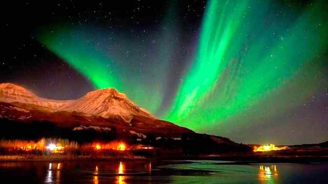 الشفق القطبي ( الاورورا ) : أجمل الظواهر الجوية 6