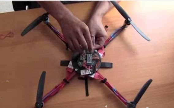 كيف تصنع طائرة رباعية بدون طيار Quadcopter Drone ؟