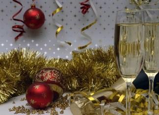 Tata Krama & Etika Ketika Hadir di Pesta Pribadi