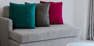 Manjakan Mata dengan Berbagai Bantal Sofa