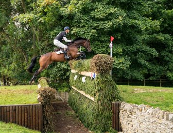 Rupert Gibson Photography - Equestrian - 07 - William Fox- Pitt riding Little Fire XC