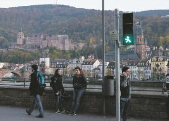 Heute schauen die DDR-Ampelmännchen sogar auf das Heidelberger Schloss. Foto: Jonas Peisker