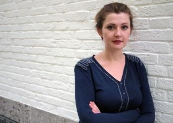 Olga Grjasnowa. Bis jetzt hat die junge Autorin zwei Romane bei Hanser veröffentlicht, ein dritter ist in Arbeit. Bild: Peter-Andreas Hassiepen