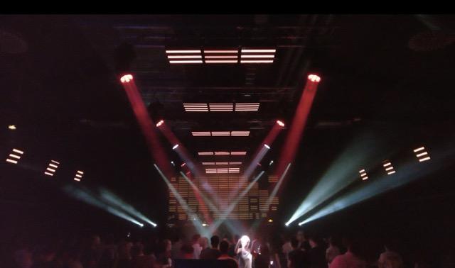 Die Lichtshow von Jaime Ramirez. Bild. halle02