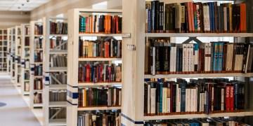 Teile der Bibliothek des Geografischen Instituts sollen in der UB aufgehen
