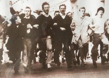 68er bei einem Vietnam-Protest. Foto: Burkhart von Braunbehrens