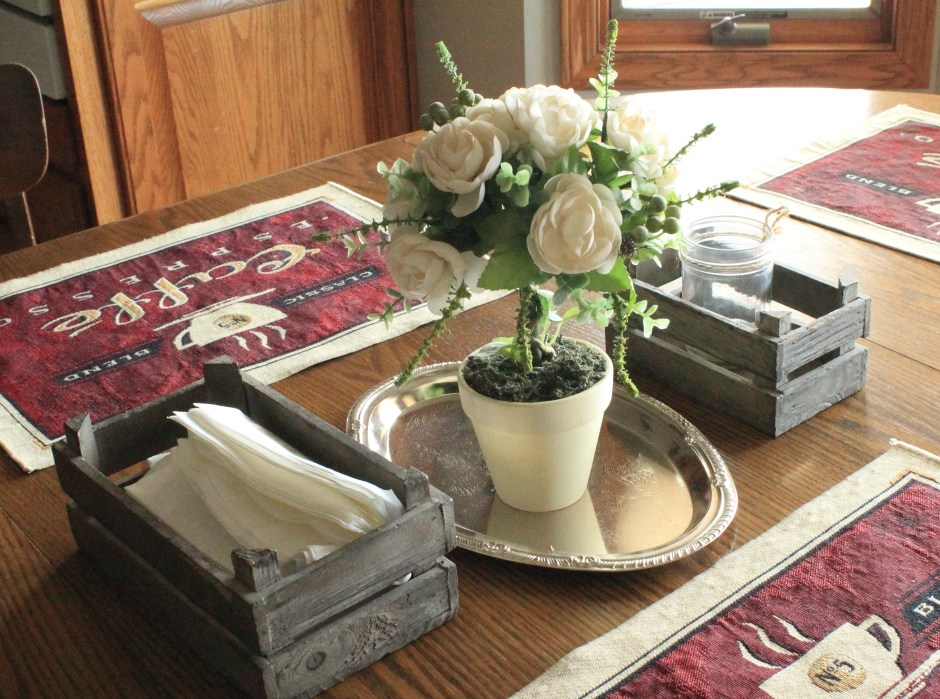 Decorating In The Country: Dining Room Table