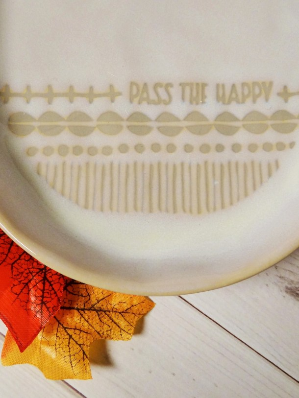 Pass The Happy Plate | Hallmark Home Fall Entertaining Giveaway #LoveHallmark