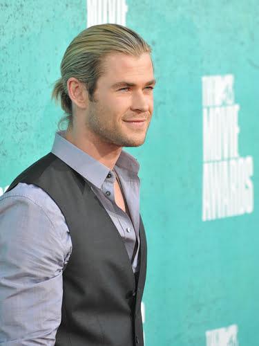 Chris Hemsworth LOOK 5