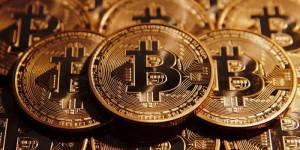 BIGGEST Bitcoin Drop Ever – A Monstrous 50% Drop, falls below $10,000!