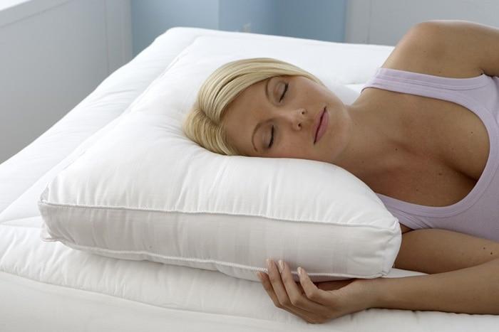 Come scegliere un cuscino per dormire su un fianco  Top