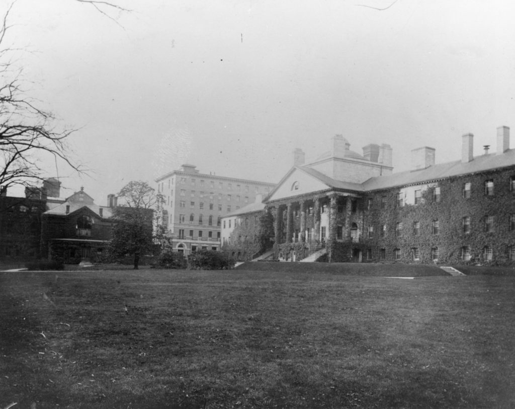 Lawn of the Bulfinch Building, 1901