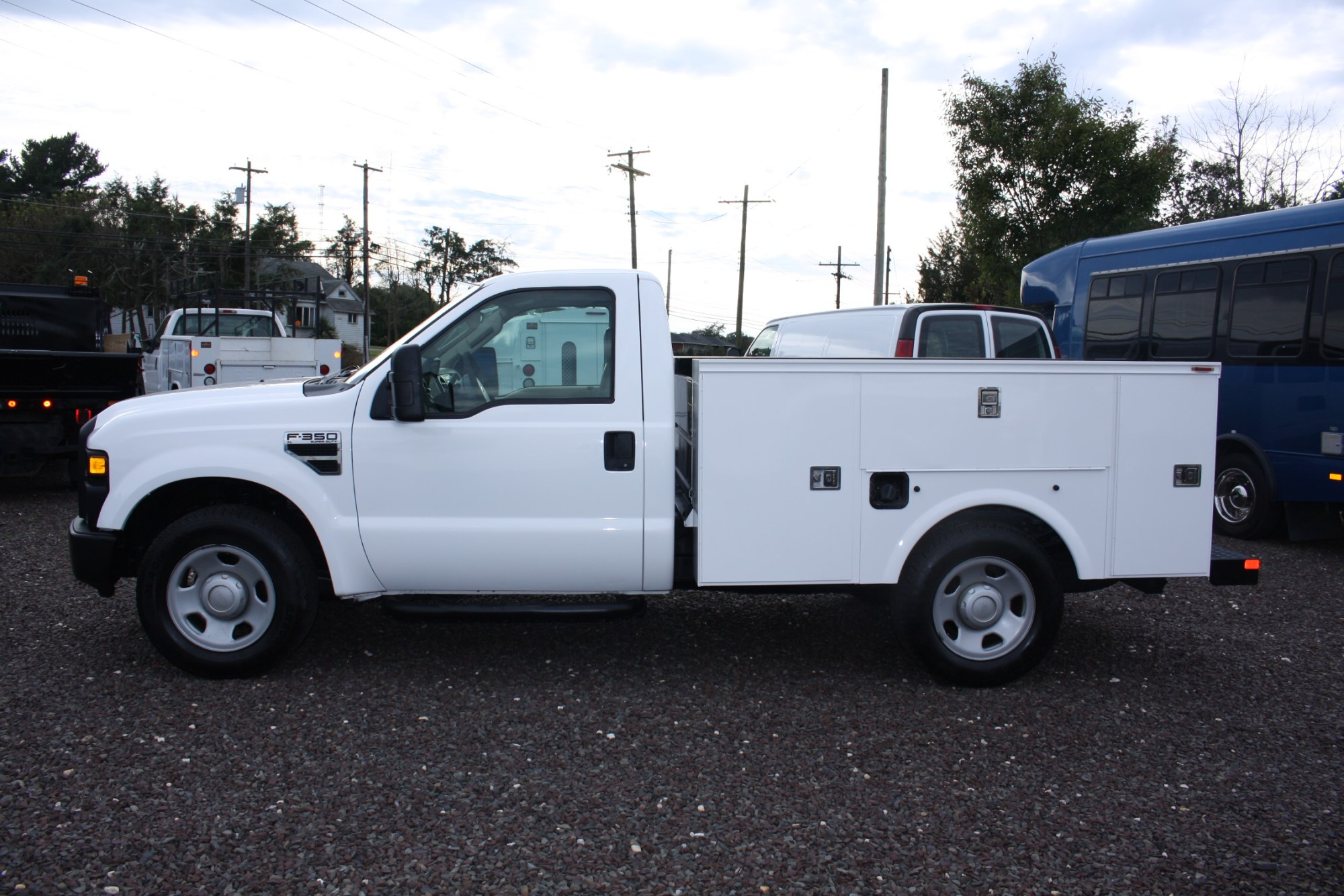 hight resolution of 2009 ford f350 utility truck