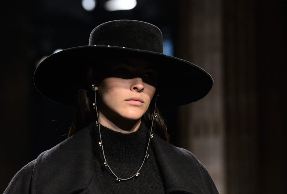BLACK-HATS_A-Ferretti2