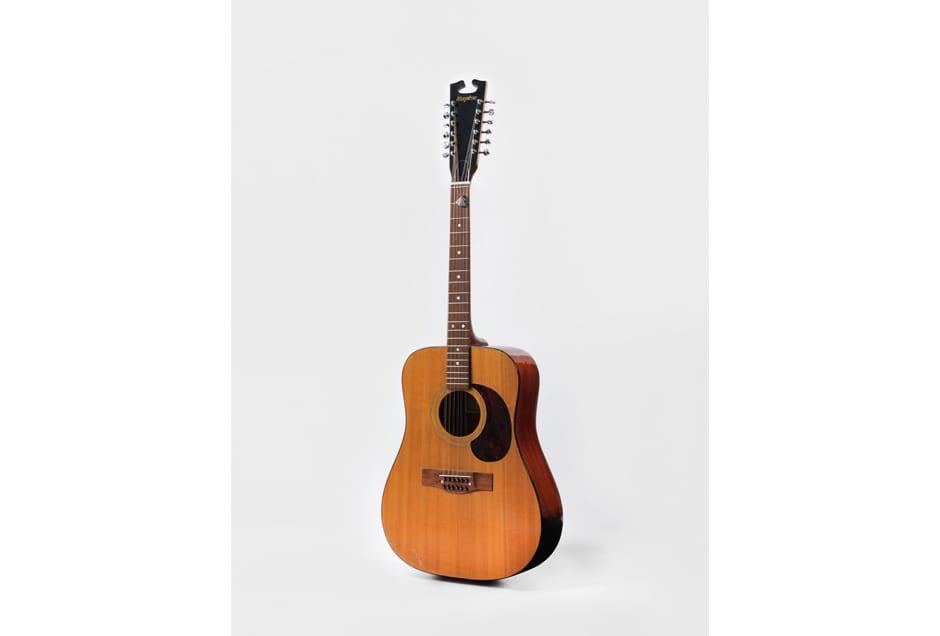 BOWIE_Guitar