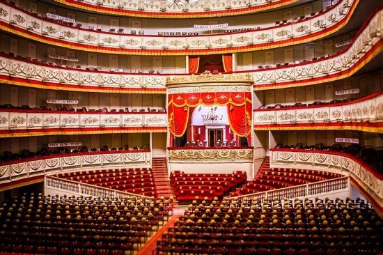 main-stage-of-the-alexandrinsky-theater-in-st-petersburg
