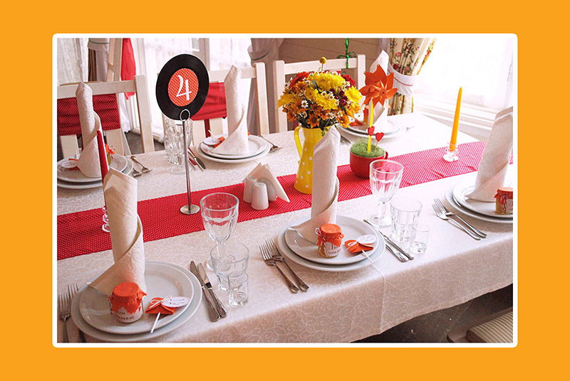 Vintage Hochzeit in RotGelb