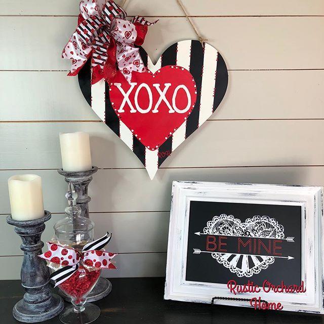 DIY Valentine's Day Door Hanger Craft