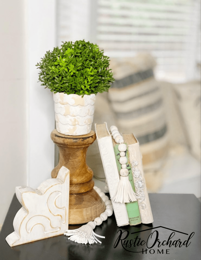 Mini Corbels are the perfect way to dress up any space. Let me show you how I painted this unfinished set so that it compliments my farmhouse style home!