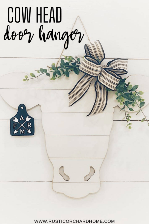 Make your own DIY Cow Head Door Hanger with this simple farmhouse décor tutorial.