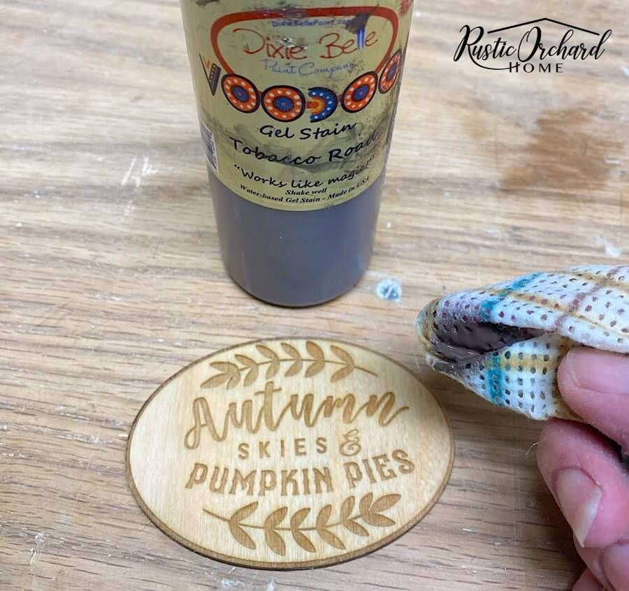 Making your own decoupage pumpkins is easy! Let me show you how to use wooden pumpkins cutouts and scrap paper to decorate for the fall.